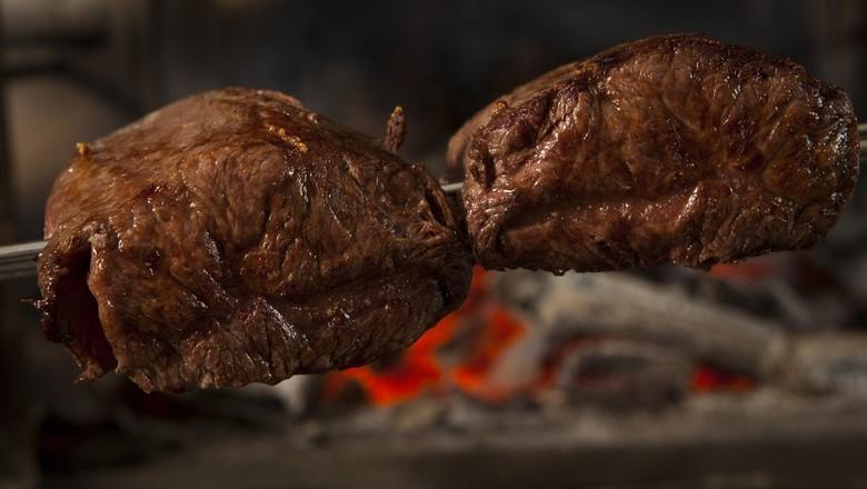 Brasil e Estados Unidos discutem comércio de carne bovina