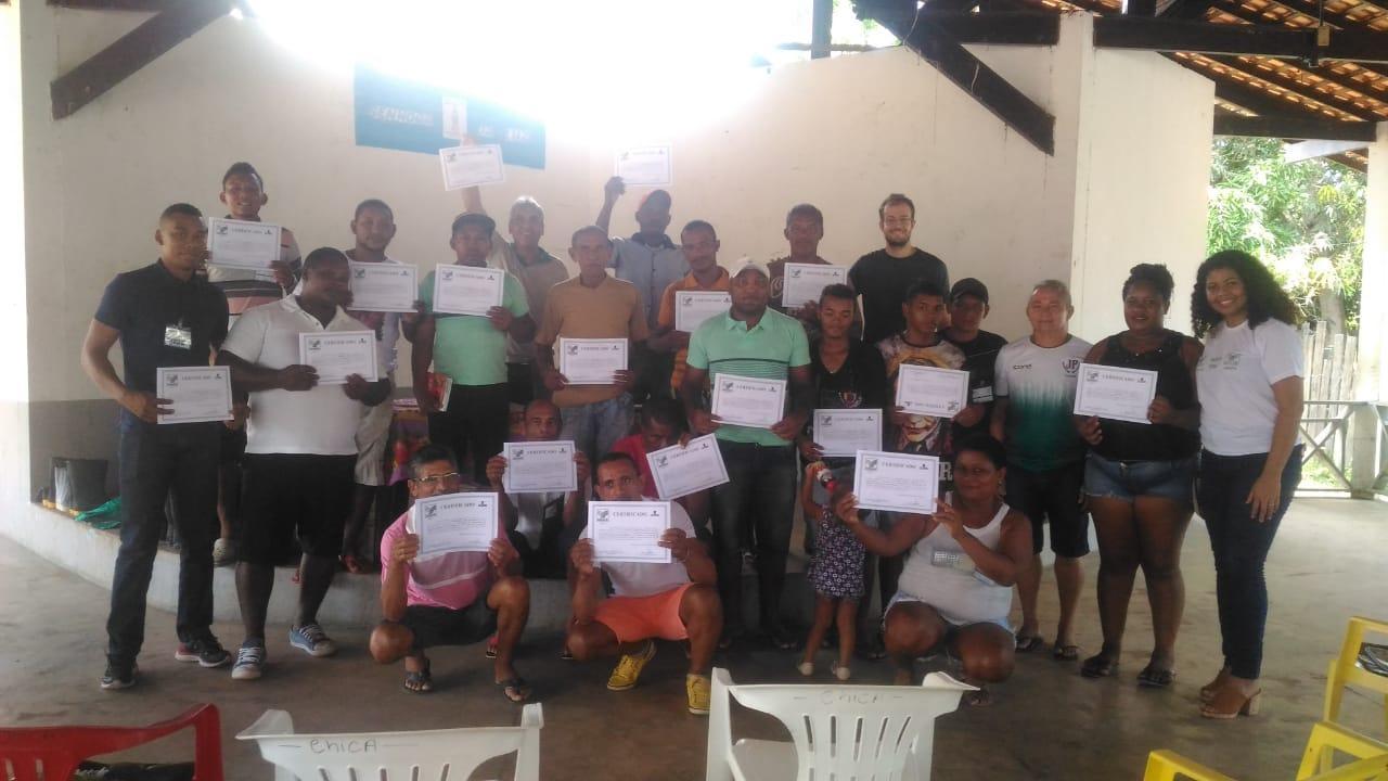 Moradores de Mazagão Velho recebem certificação do SENAR/AP