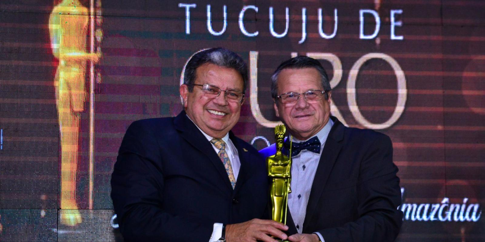 Presidente da FAEAP recebe estatueta Tucuju de Ouro 2018
