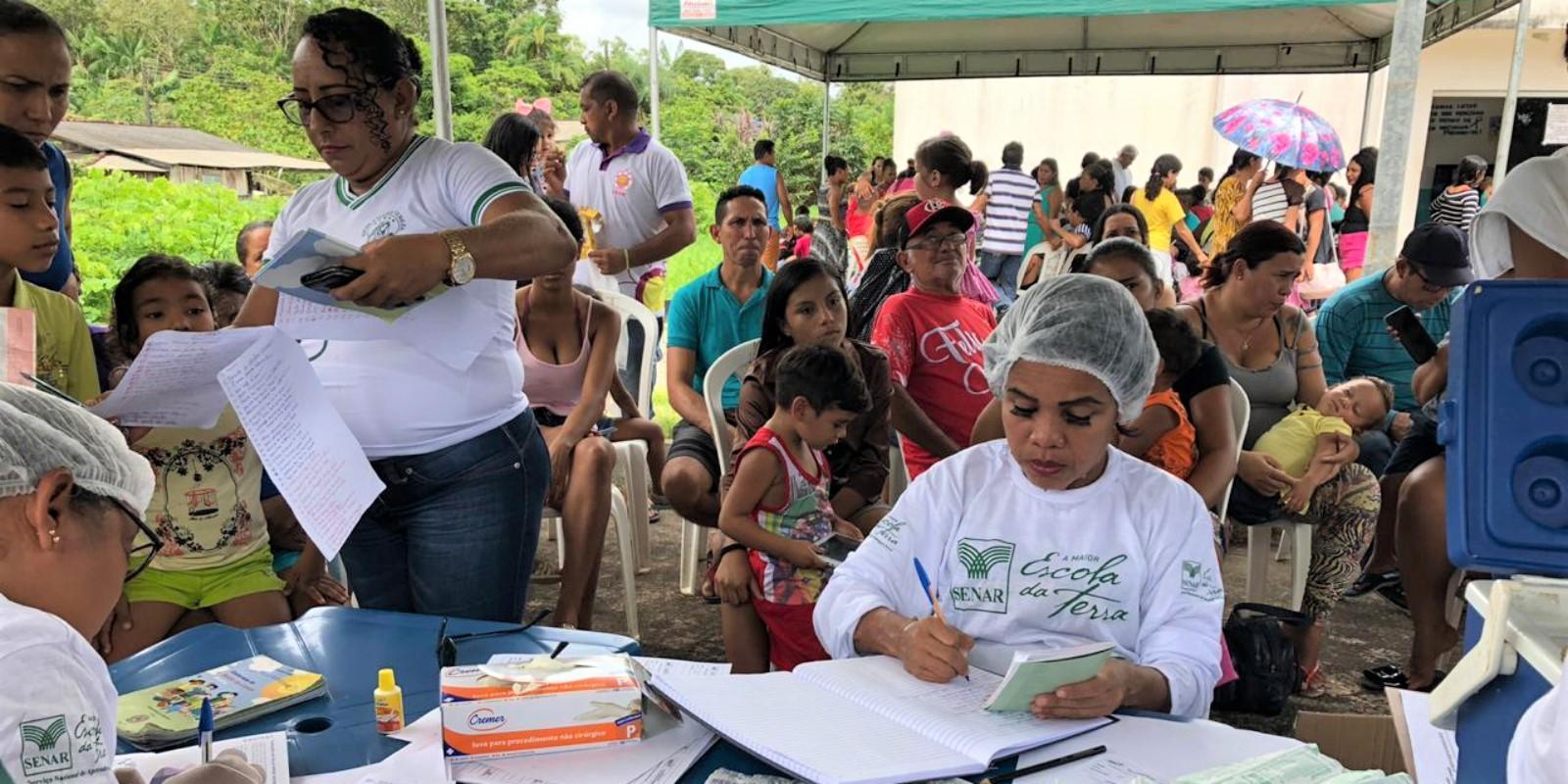 Em Mazagão Velho, iniciativa do Senar/AP realiza mais de mil atendimentos aos moradores da região