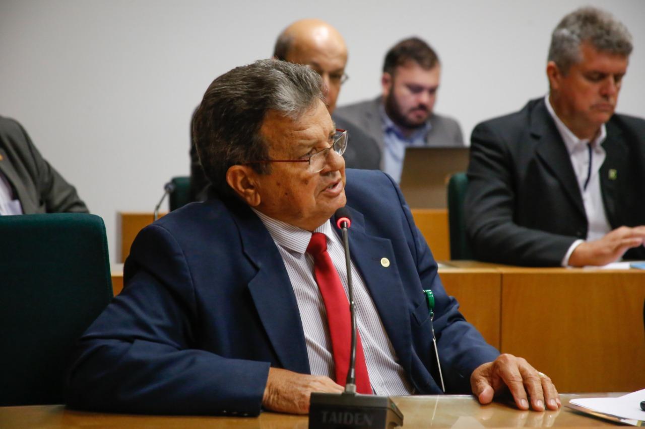 Presidente Iraçu Colares participa de encontro com a Frente Parlamentar da Agropecuária, em Brasília